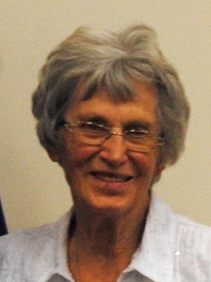 Esther Ideker headshot